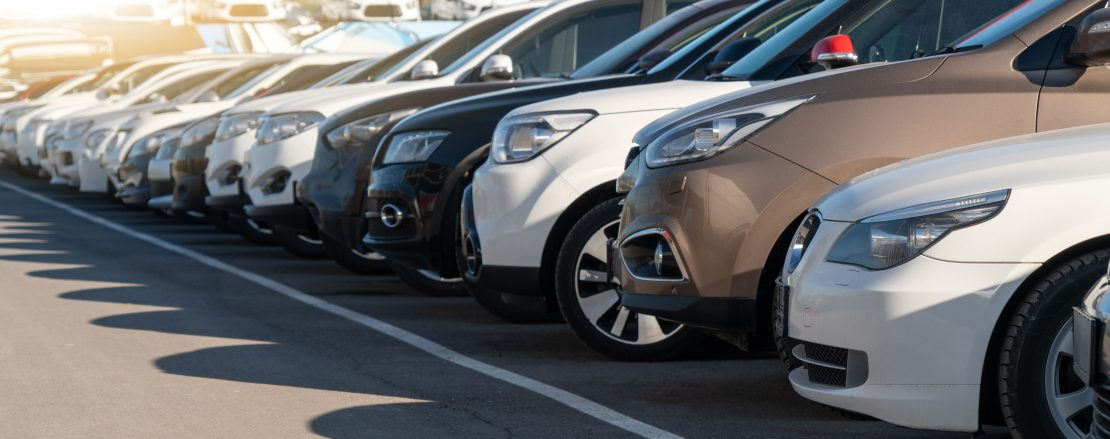 4 Reasons to Invest in A Vehicle Inventory Management System