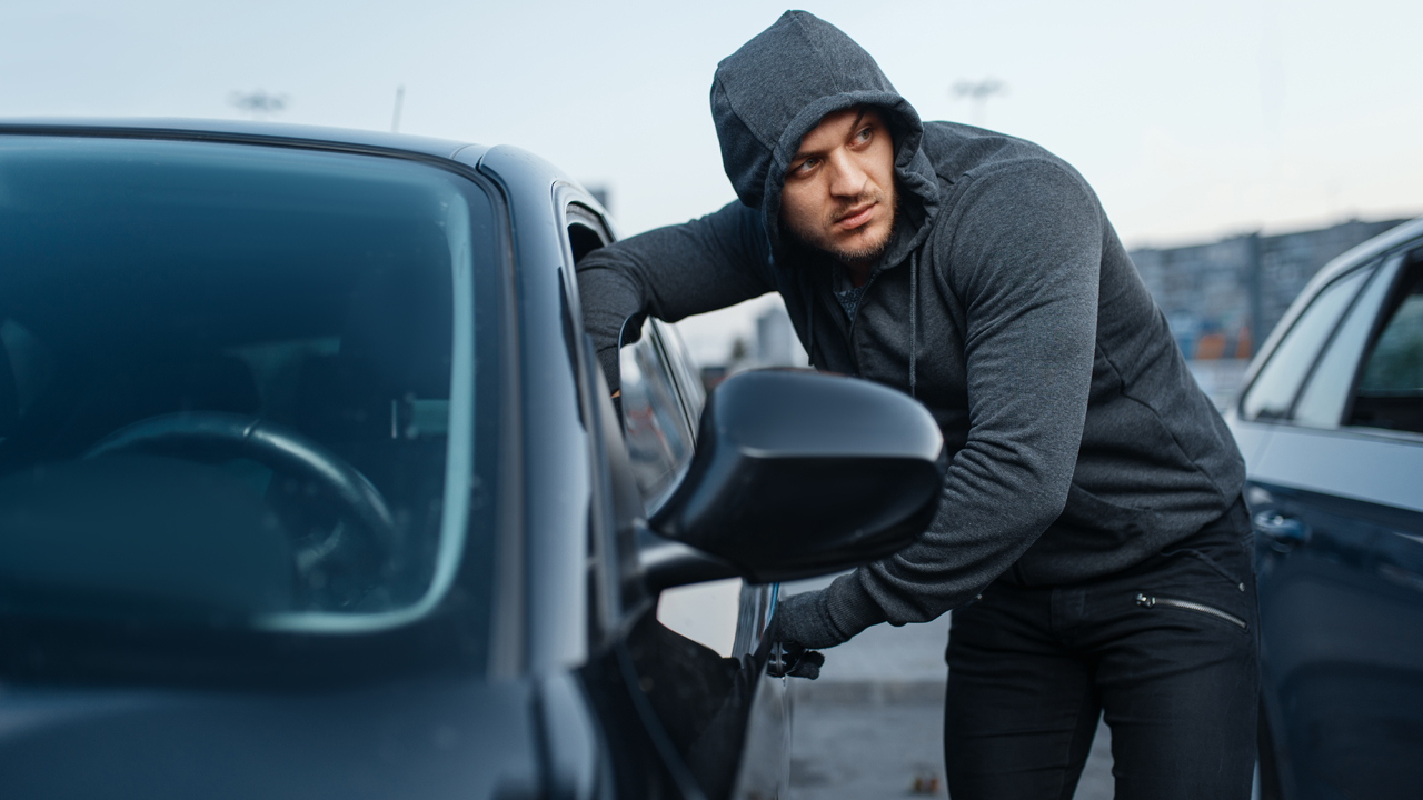 """Featured image for """"How A Vehicle Recovery Device Can Help the State of Car Theft"""""""